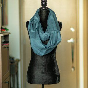 Econica   NWOT Linen Infinity Scarf - Blue, O/S
